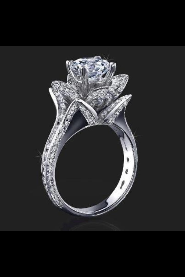 Tulip wedding ring This is a must one day my dream wedding ring but of course smaller  New