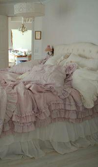 Bedroom. White, Pink, Black, Chippy, Shabby Chic ...