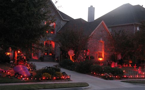 Awesome outdoor #halloween decorations: