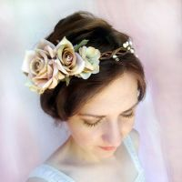 Wedding Flowers: wedding hair accessories flowers
