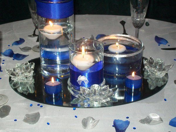 Photo via Cobalt blue Wedding and Centerpieces