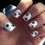 paw print nail design