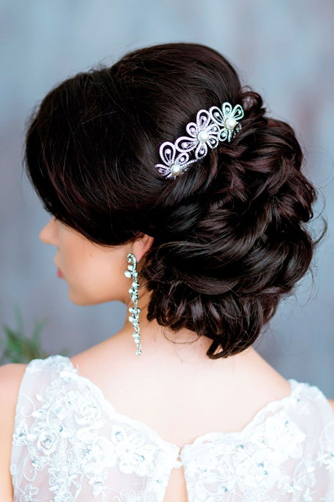 1000 ideas about Medium Wedding Hairstyles on Pinterest  Textured Long Bob Big Messy Buns and
