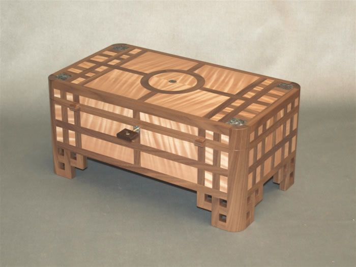 Robert Ingham Designs  Gallery  Fine Boxes  Fine Wooden