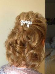 mother of bride hair wedding
