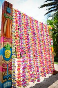 luau entrance - Google Search | Elementary School Dance ...