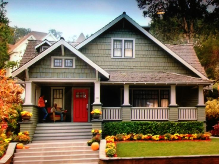 25 Best Ideas about Craftsman Style Bungalow on Pinterest  Craftsman style homes Bungalow