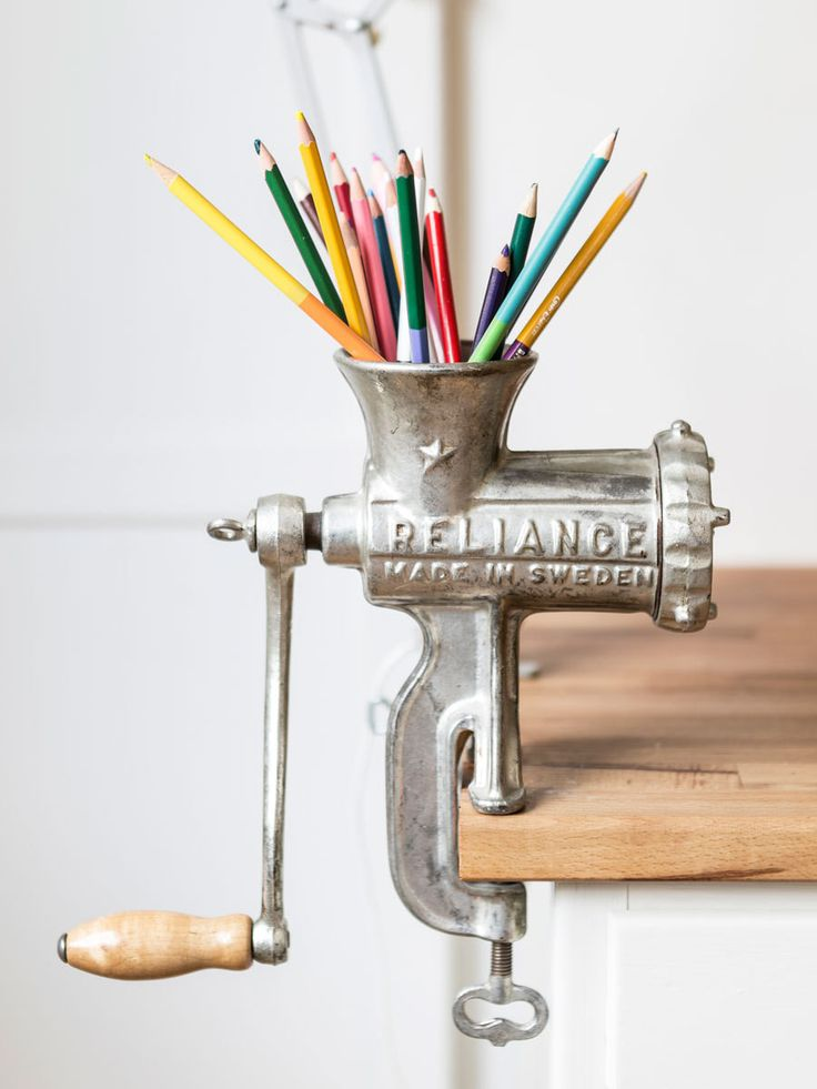 Using a grinder as a pencil holder - a unique and creative decorative touch for a home office!