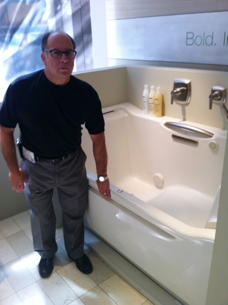Aging in place bathtub  displayed at NeoConthis is
