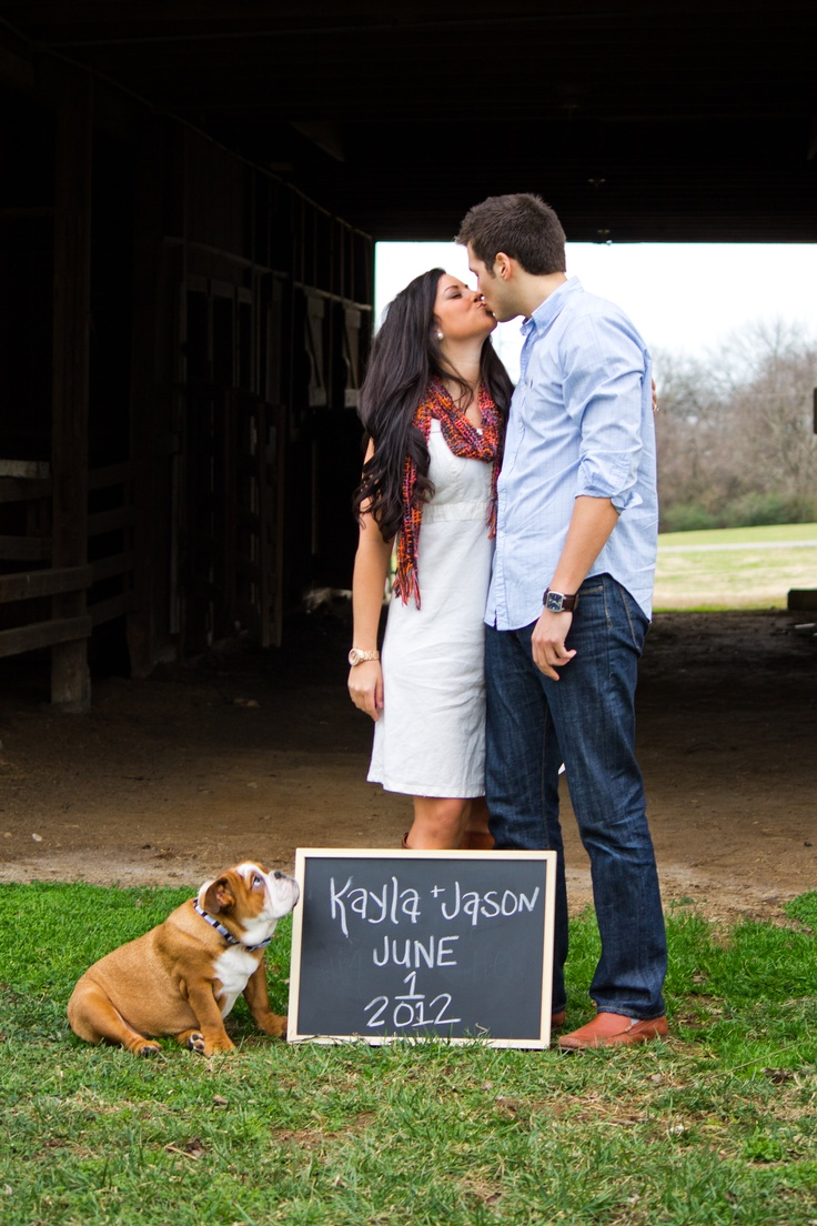 Engagement picture with a puppy! Cute idea