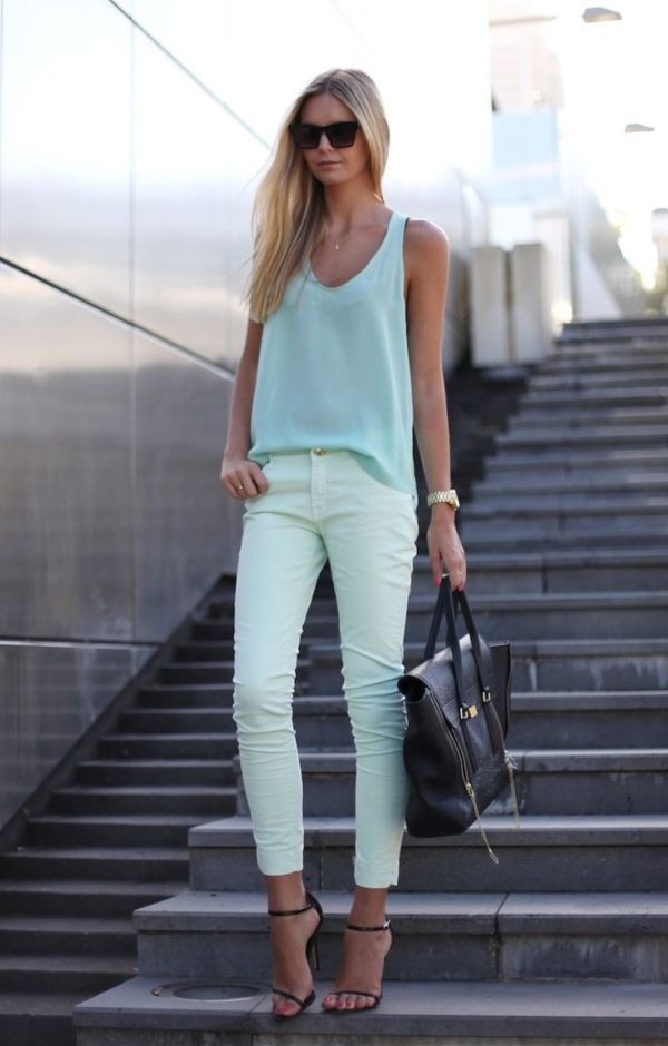 Loose teal tank white cropped jeans Outfit Inspo