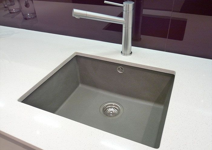 Polished Square Undermounted Sink SILGRANITE GREY WITH