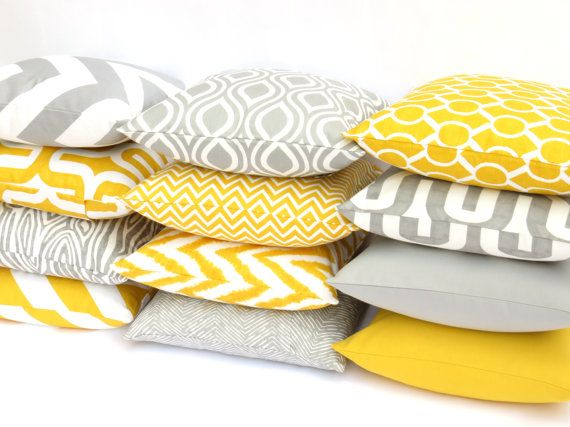 25 Best Ideas About Sofa Pillows On Pinterest Couch Pillow