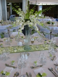 Table setting green and white wedding decor at the Royal ...