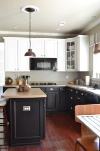 Painted kitchen cabinets.: Kitchens 8, Paintings Kitchens ...