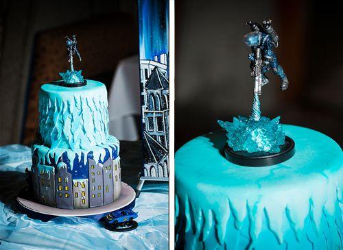 Christopher  Kevins Batman vs Mr Freeze heroes and villains wedding  Batman cakes The o