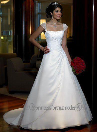 Die 25 Besten Ideen Zu Brautkleid Träger Auf Pinterest