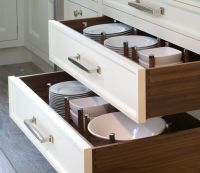 plate storage | Jean Cabral | Pinterest | Open shelving ...