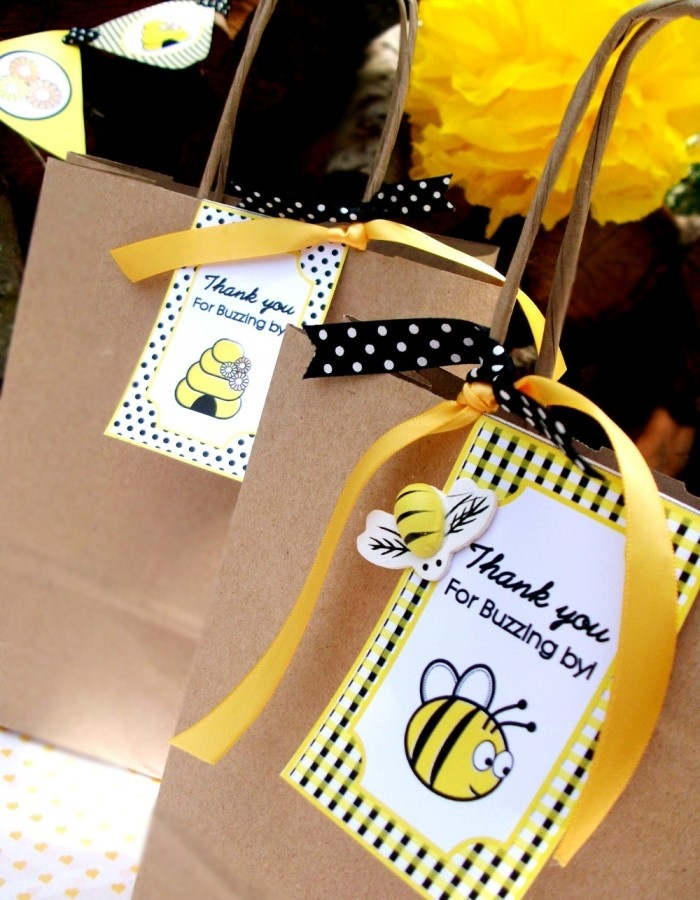 630 Best Images About BEE On Pinterest Bumble Bees Bee Cookies