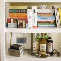1000+ ideas about Arranging Bookshelves on Pinterest ...