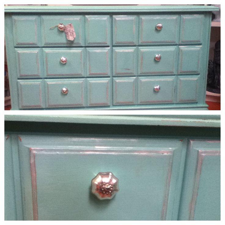 DIY Chalk Painted Turquoise Dresser Using Calcium
