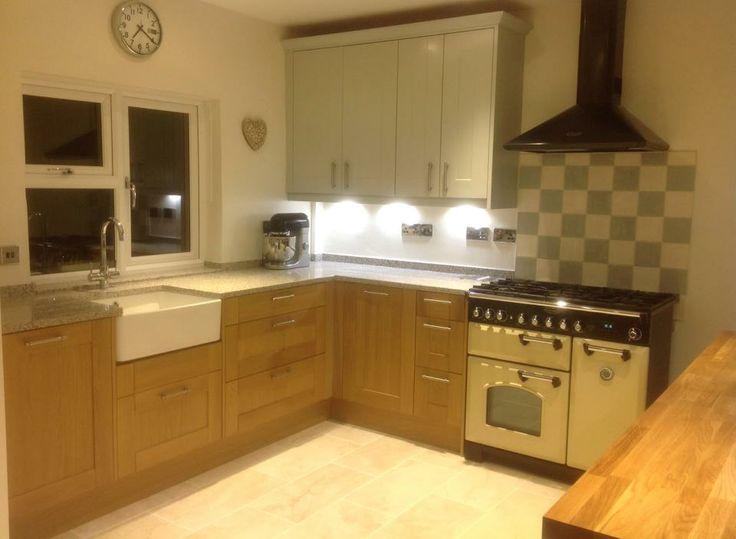 Wren Living Linda Barker Shaker Kitchen in Light Oak and