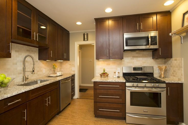 Contemporary Kitchen With Flush Light American Woodmark