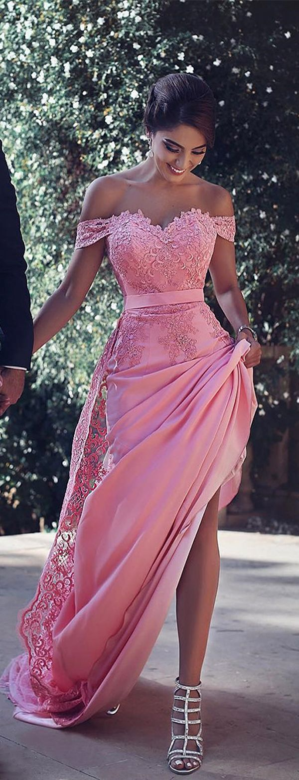 Glamorous Chiffon Off-the-shoulder Neckline Mermaid Formal Dresses With Lace Appli