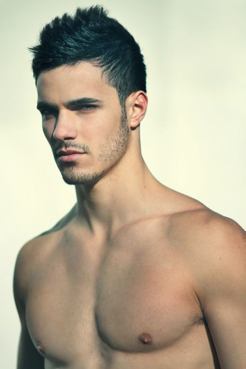 love guys with dark almost black hair and slightly tanned