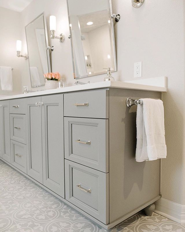 Best 25+ Gray bathroom vanities ideas on Pinterest