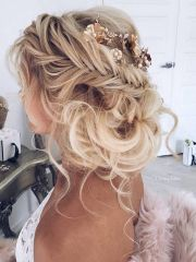 bridal chignon hairstyle
