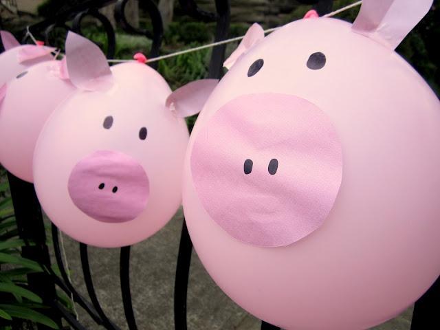 pink pig balloons  Blowing Balloons  Pinterest  Farm