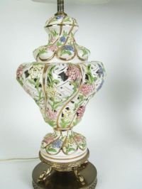 1000+ images about Capodimonte lamps on Pinterest | Ea ...