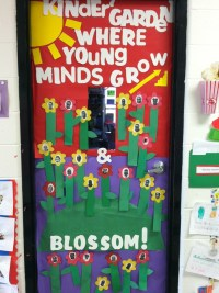 "My April Classroom Door for Kindergarten Kinder""GARDEN ..."