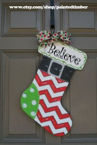 Best 25+ Christmas Door Hangers ideas on Pinterest ...