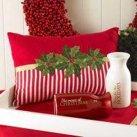 1000+ ideas about Christmas Pillow on Pinterest | Burlap ...