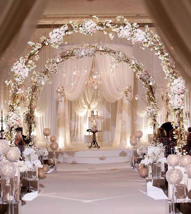Soft and elegant wedding decor! Uniquely Yours Bridal ...
