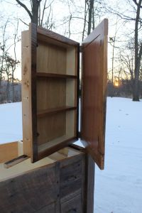 1000+ ideas about Rustic Medicine Cabinets on Pinterest ...