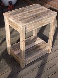 25+ best ideas about Pallet Side Table on Pinterest ...