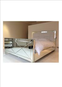 1000+ images about Mirror bed on Pinterest | Tufted bed ...