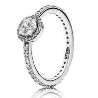 Pandora Ring Classic Beauty MUST SELL!!! Beautiful ...