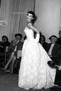 Best 25+ Audrey hepburn wedding ideas on Pinterest ...