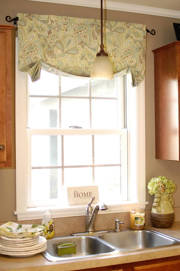 Tutorial Relaxed Roman Shade Valance  grrrr found this after finishing mine These are