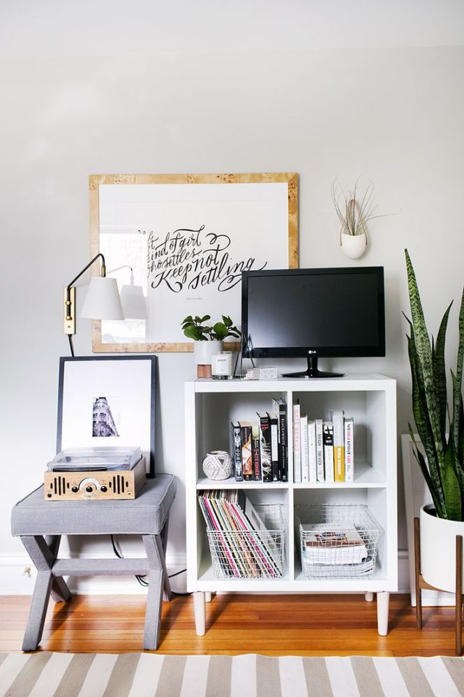 Diffe Ways To Use Style Ikea S Versatile Expedit Shelf Tv Stand Bedroomtv