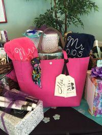 25+ best ideas about Honeymoon basket on Pinterest