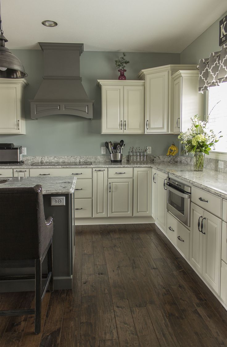 wellborn kitchen cabinets replacement drawer 28 best images about merillat classic on pinterest