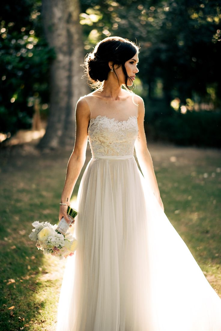 25 best ideas about Romantic Wedding Dresses on Pinterest  Romantic style weddings Weeding