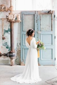 Best 25+ Flowing wedding dresses ideas on Pinterest