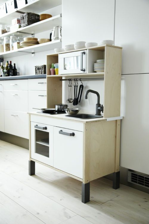 IKEA Fan Favorite DUKTIG minikitchen This pintsize
