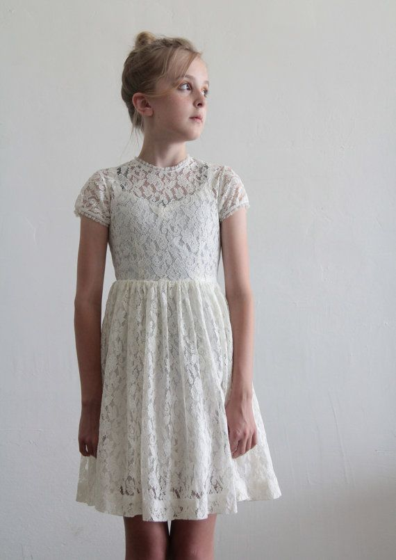 1950s Girls Dress . White Lace . Kids . Childrens . Flower